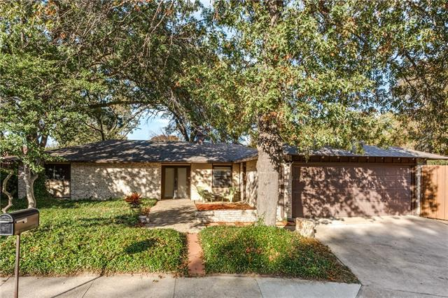 Photo of 3 Eastglen Place  Plano  TX