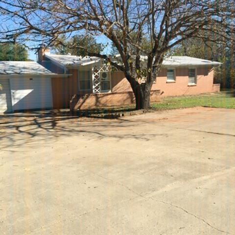 Photo of 113 S Dick Price Road  Kennedale  TX