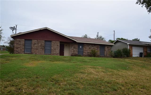 Photo of 213 Arrowhead Street  Fort Worth  TX