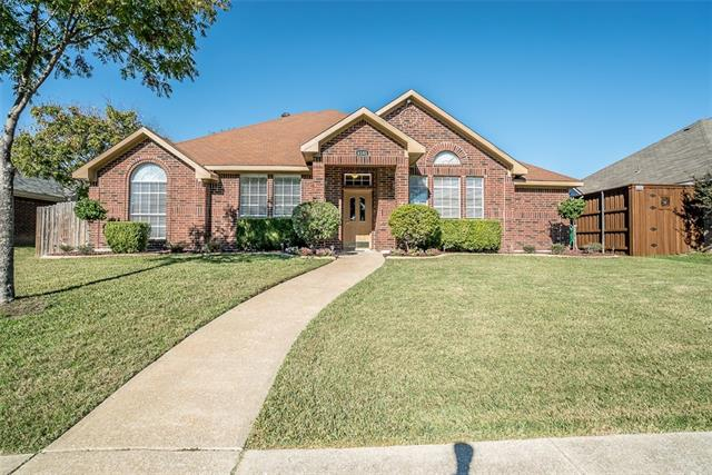 Photo of 6101 Faringdon Lane  Rowlett  TX