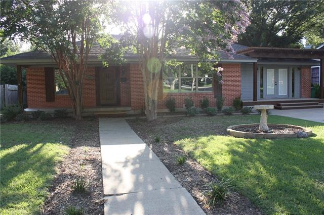 Photo of 909 Finch Avenue  McKinney  TX