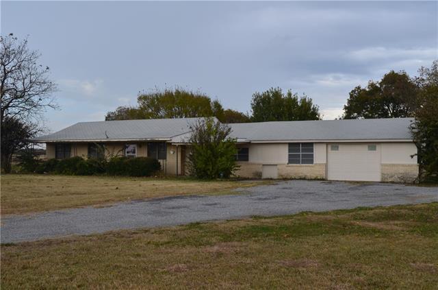 3358 N Grand Ave, Gainesville, TX 76240