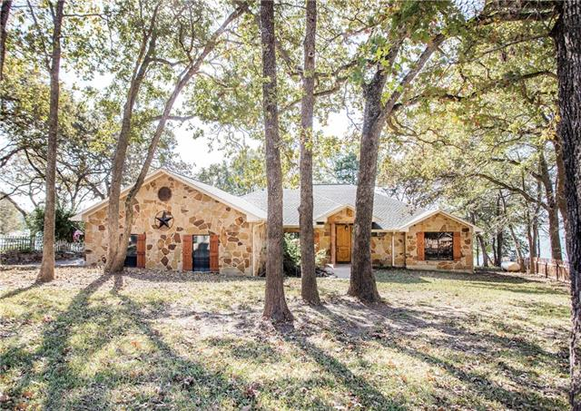 Photo of 154 Northshore Drive  Kerens  TX