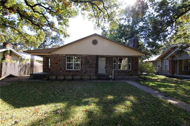 Photo of 2328 Carnation Avenue  Fort Worth  TX