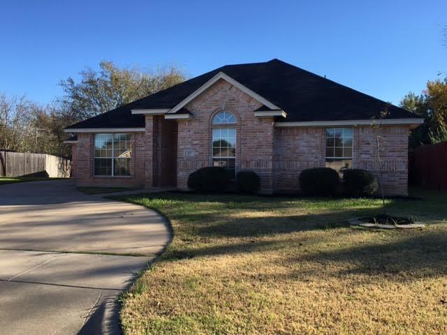 517 Oak Ridge Ct, Crowley, TX 76036