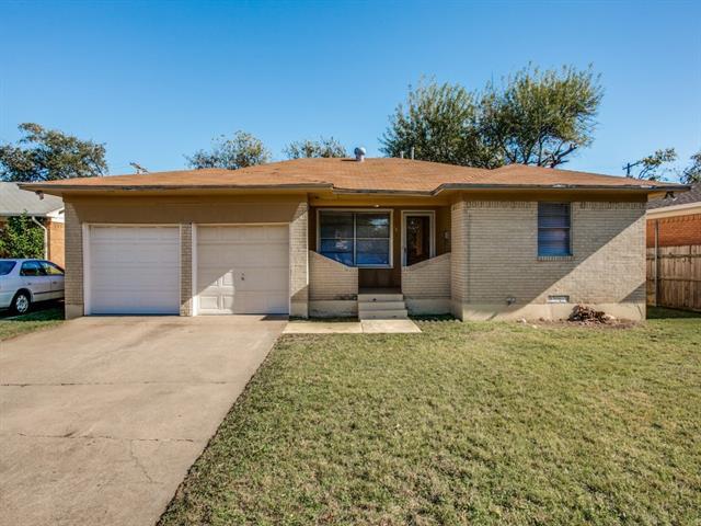 Photo of 407 Allen Avenue  Duncanville  TX