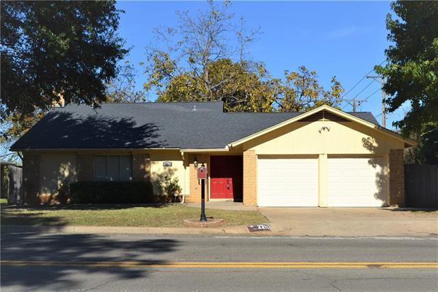 Photo of 2211 W Sanford Street  Arlington  TX