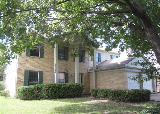 Photo of 3932 Wrenwood Drive  Fort Worth  TX