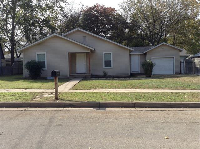 Photo of 406 Davis Street  Weatherford  TX