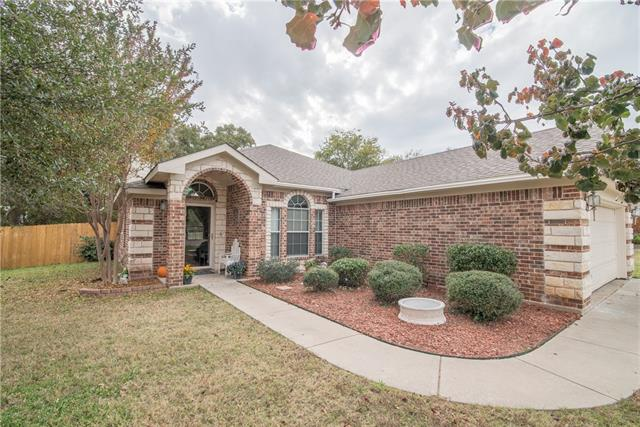 Photo of 521 Sweetwater Drive  Weatherford  TX
