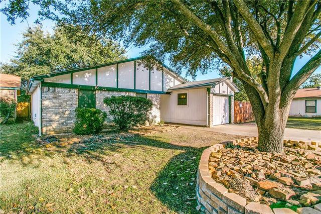 Photo of 11218 Golden Triangle Circle  Fort Worth  TX