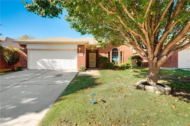 Photo of 13513 Ponderosa Ranch Road  Fort Worth  TX