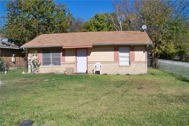 Photo of 416 E 1st Street  Quinlan  TX