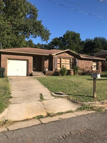Photo of 1822 Knob Hill Drive  Tyler  TX