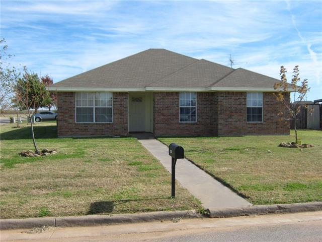 Photo of 1440 Lariat Trail  Henrietta  TX