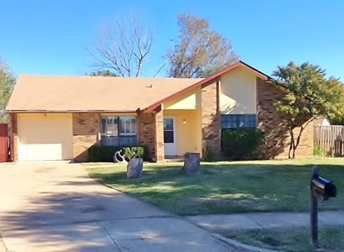 Photo of 7851 Sunflower Court  Fort Worth  TX