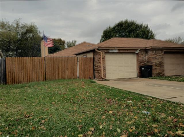 Photo of 3310 Green Ridge Street  Fort Worth  TX