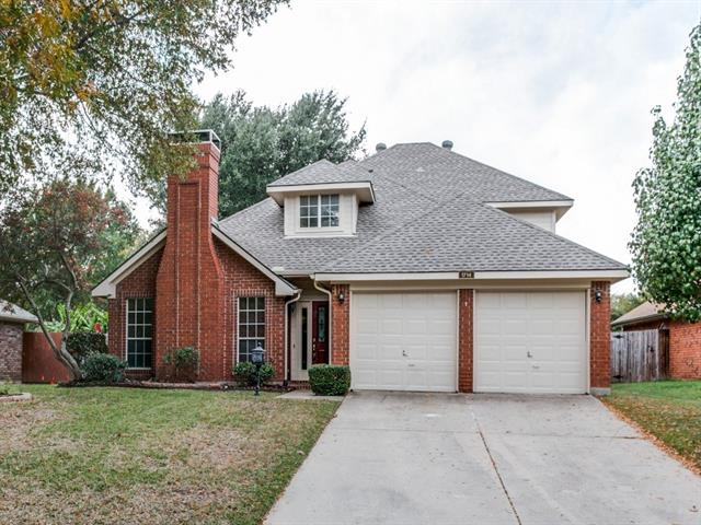 Photo of 1714 Parkwood Drive  Grapevine  TX