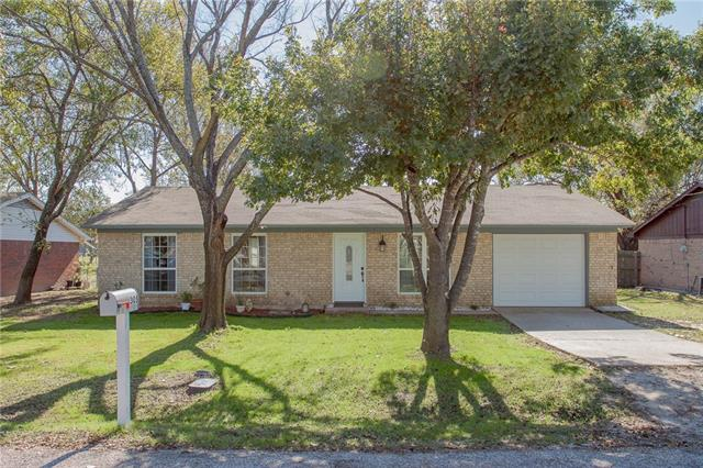 Photo of 305 Cosey Street  Palmer  TX