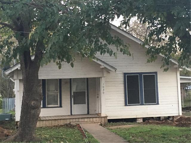 Photo of 1030 W Sloan Street  Stephenville  TX