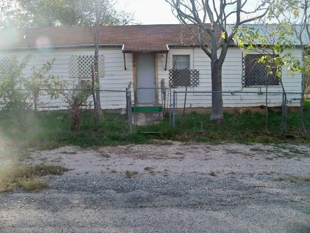 Photo of 1104 Guadalupe Street  Coleman  TX