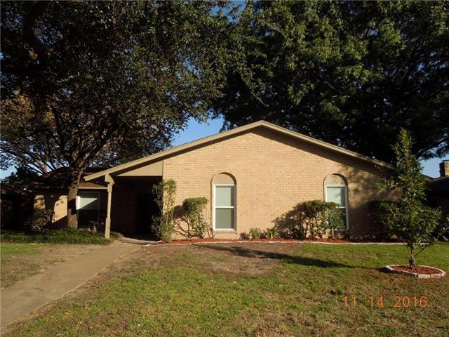 Photo of 302 Mistletoe Drive  Richardson  TX