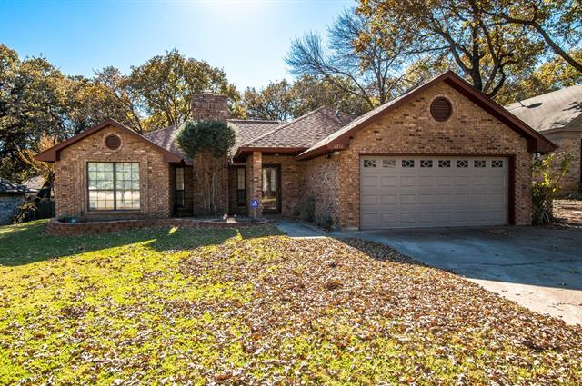Photo of 6816 Parkwood Drive  North Richland Hills  TX