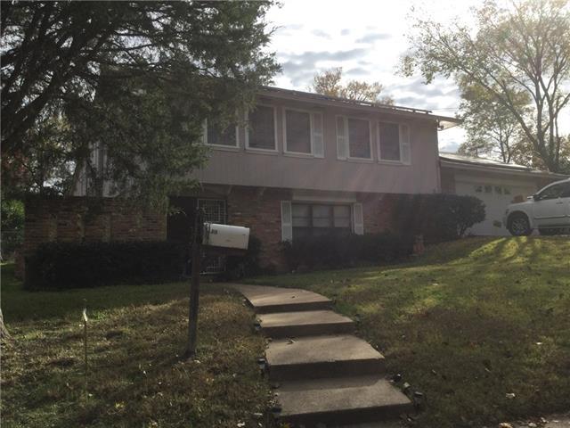 Photo of 818 Walter Hill Drive  Grand Prairie  TX