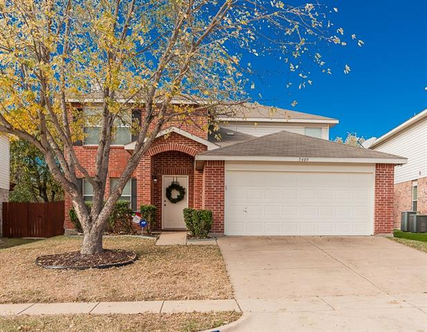 Photo of 5409 Bedfordshire Drive  Fort Worth  TX