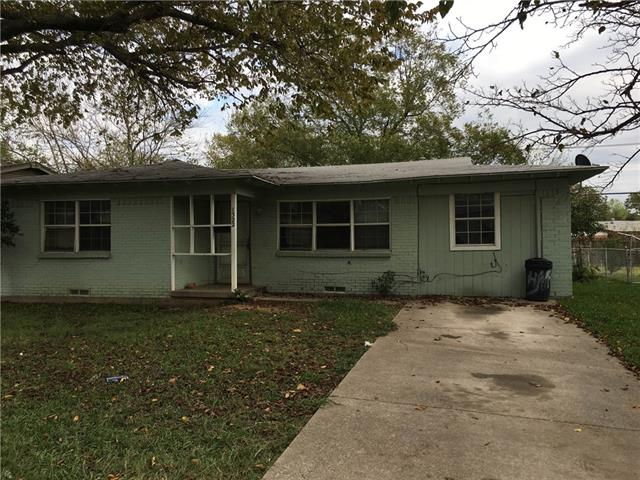 Photo of 1322 Hillcrest Street  Mesquite  TX