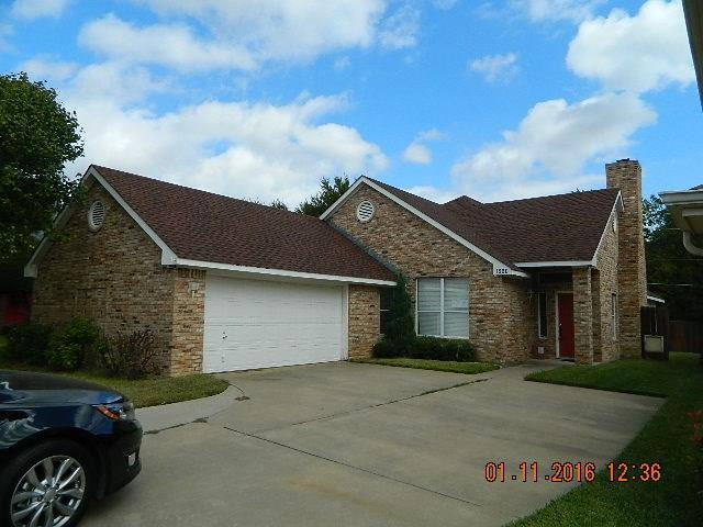 Photo of 1220 Olde Towne Drive  Irving  TX