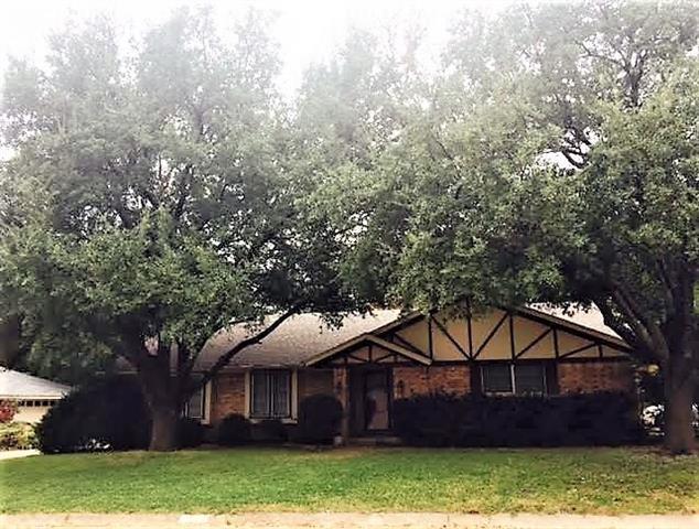 Photo of 113 Clyde Drive  Hillsboro  TX