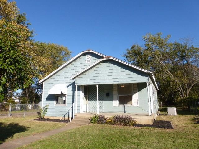 Photo of 219 W Vinyard Road  Duncanville  TX