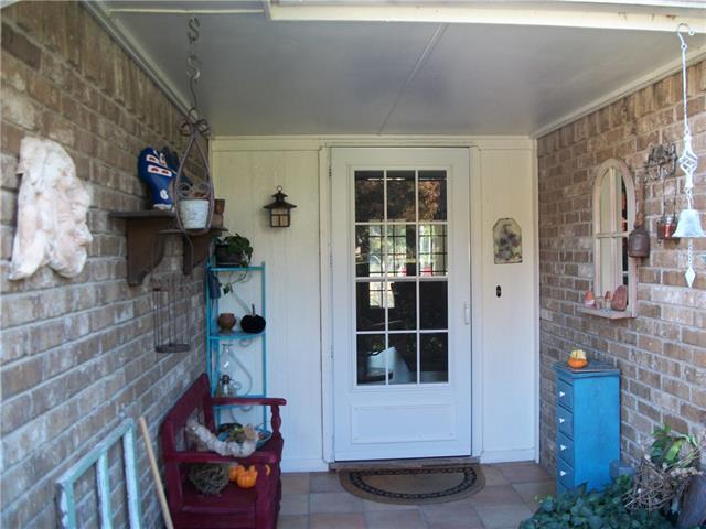 Photo of 606 N Royal Oak Drive  Duncanville  TX
