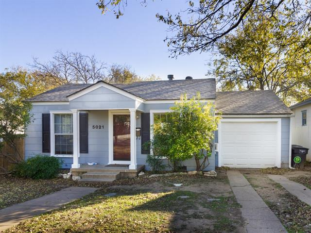 Photo of 5021 DONNELLY Avenue  Fort Worth  TX