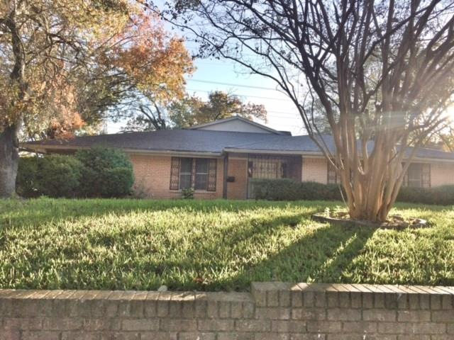 Photo of 3716 Kiestcrest Drive  Dallas  TX