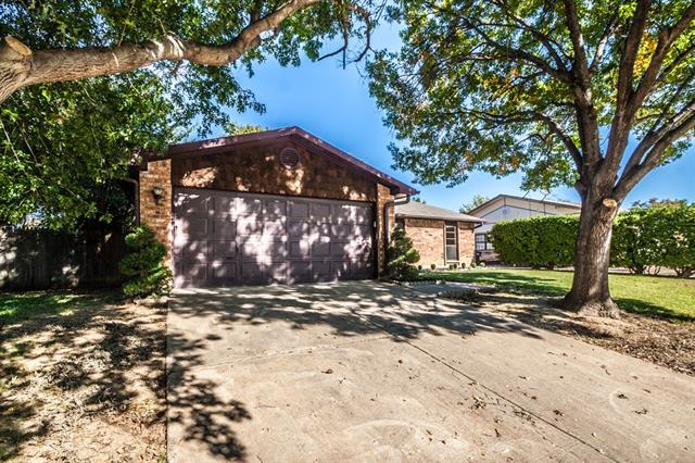Photo of 4113 Buckwheat Street  Fort Worth  TX