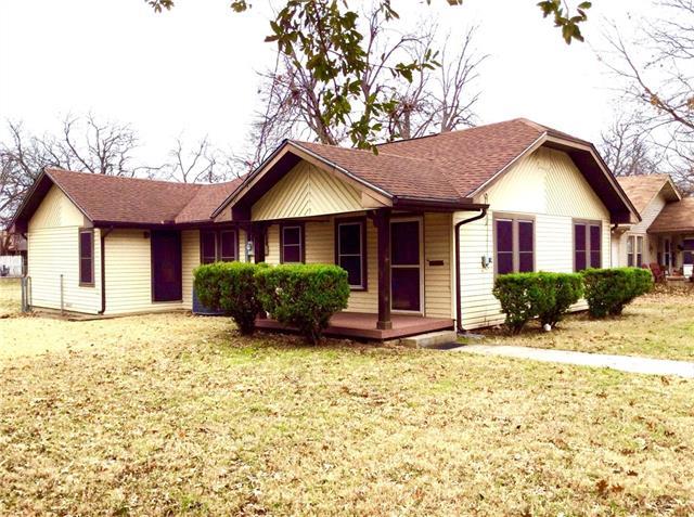 Photo of 317 Egan Street  Denton  TX