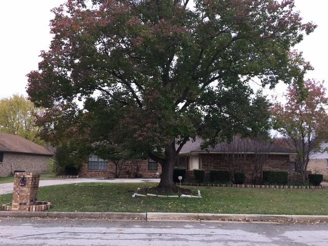 Photo of 4704 Lake Park Drive  Arlington  TX