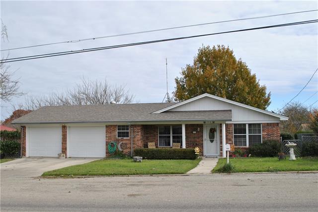 Photo of 1316 N Lane Street  Comanche  TX