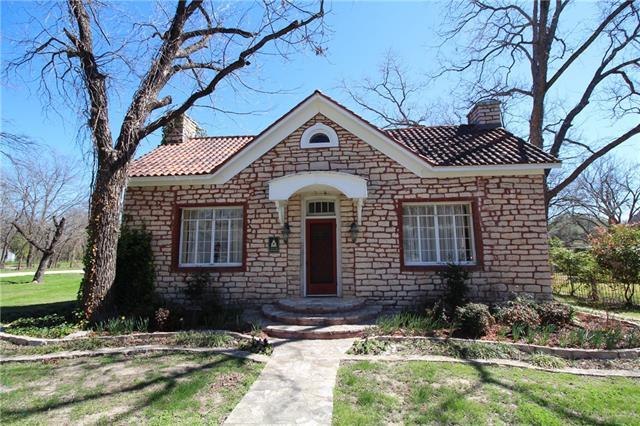Photo of 306 Grace Street  Glen Rose  TX