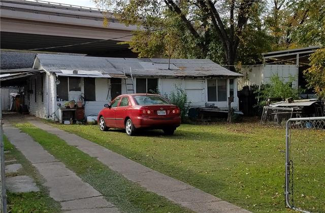Photo of 2209 W Peter Smith Street  Fort Worth  TX