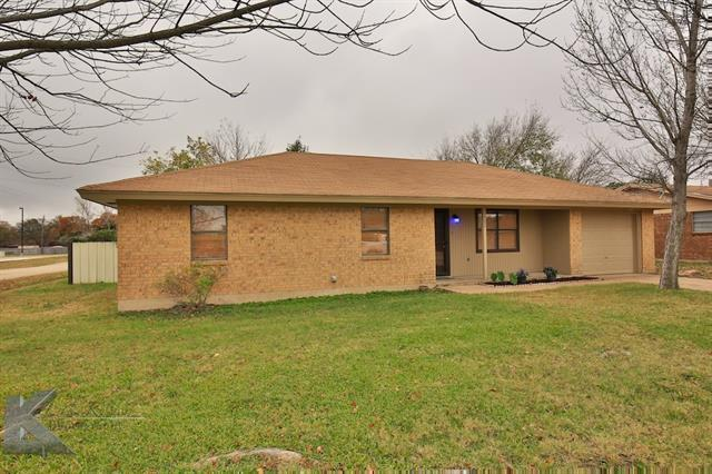 Photo of 1701 Locksley Court  Clyde  TX