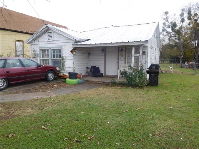 Photo of 311 SW 3rd Street  Mineral Wells  TX