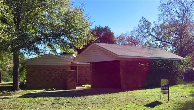 Photo of 401 Webb Avenue  Teague  TX