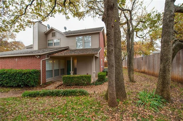 Photo of 1444 Meadowood Village Drive  Fort Worth  TX