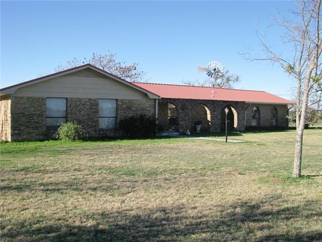 700 Floyd Rd, Gatesville, TX 76528