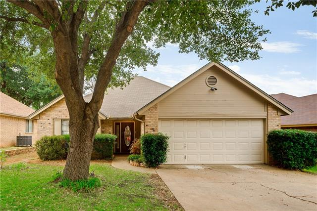 Photo of 5910 Sterling Green Trail  Arlington  TX
