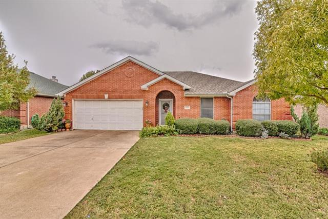 Photo of 1805 Cancun Drive  Mansfield  TX