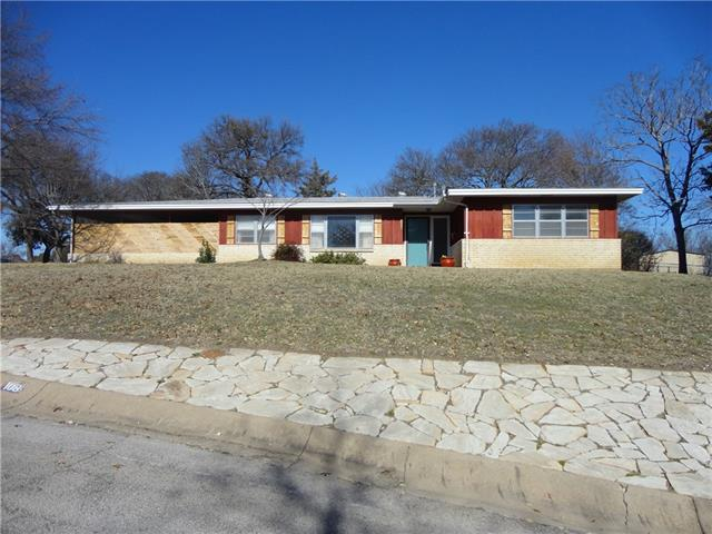 Photo of 108 W Ridge Road  Weatherford  TX